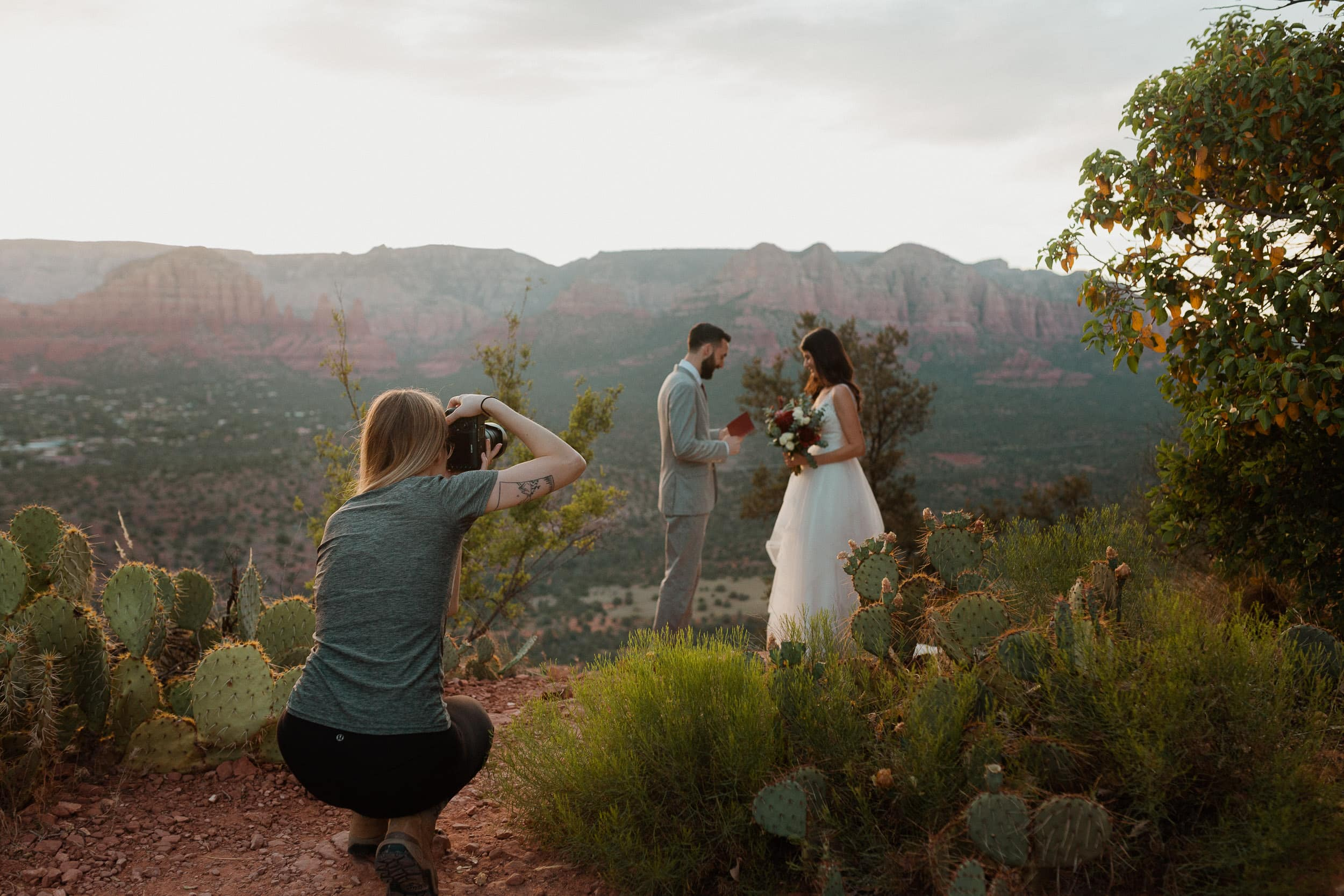 elopement photographer documenting ceremony in Sedona
